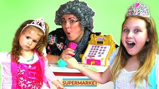 Ruby & Bonnie Pretend Play Shopping at Greedy Granny Grocery Store Super Market Toys