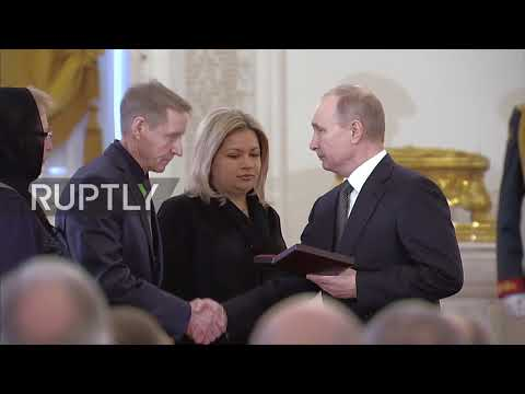 Russia: Putin awards Hero of Russia title to pilot killed in Syria