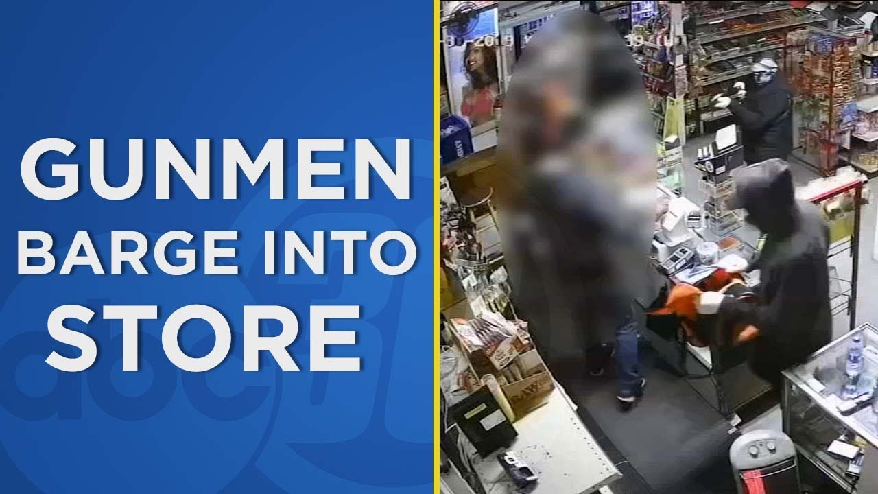 Shocking video shows armed robbery in Tulare County