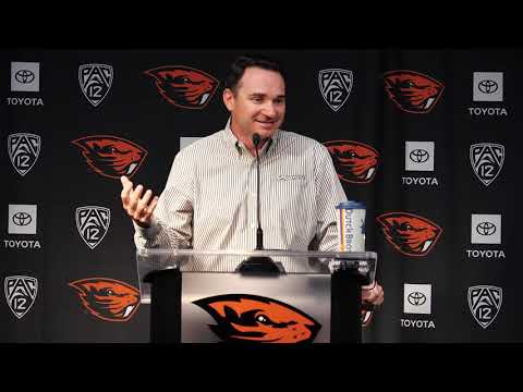 Oregon State Beavers - Jonathan Smith talks about the idea of players being paid.