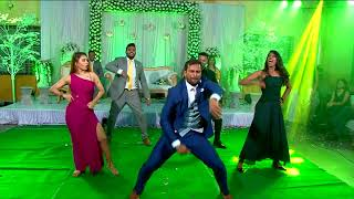 Wedding Flash Mob | Elvisha & Glavan | Aankh Marey | Magenta | uptown funk | Hero | Gallan Goodiyaan