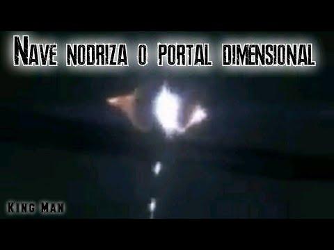 Ovnis salen de Portal Dimensional o Nave Nodriza