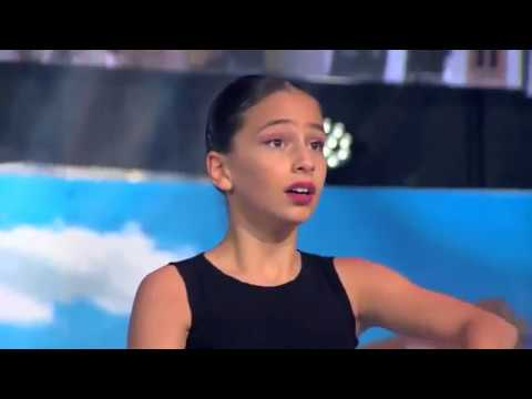 Amazing little Georgian girl, Nita Lomidze makes jury cry