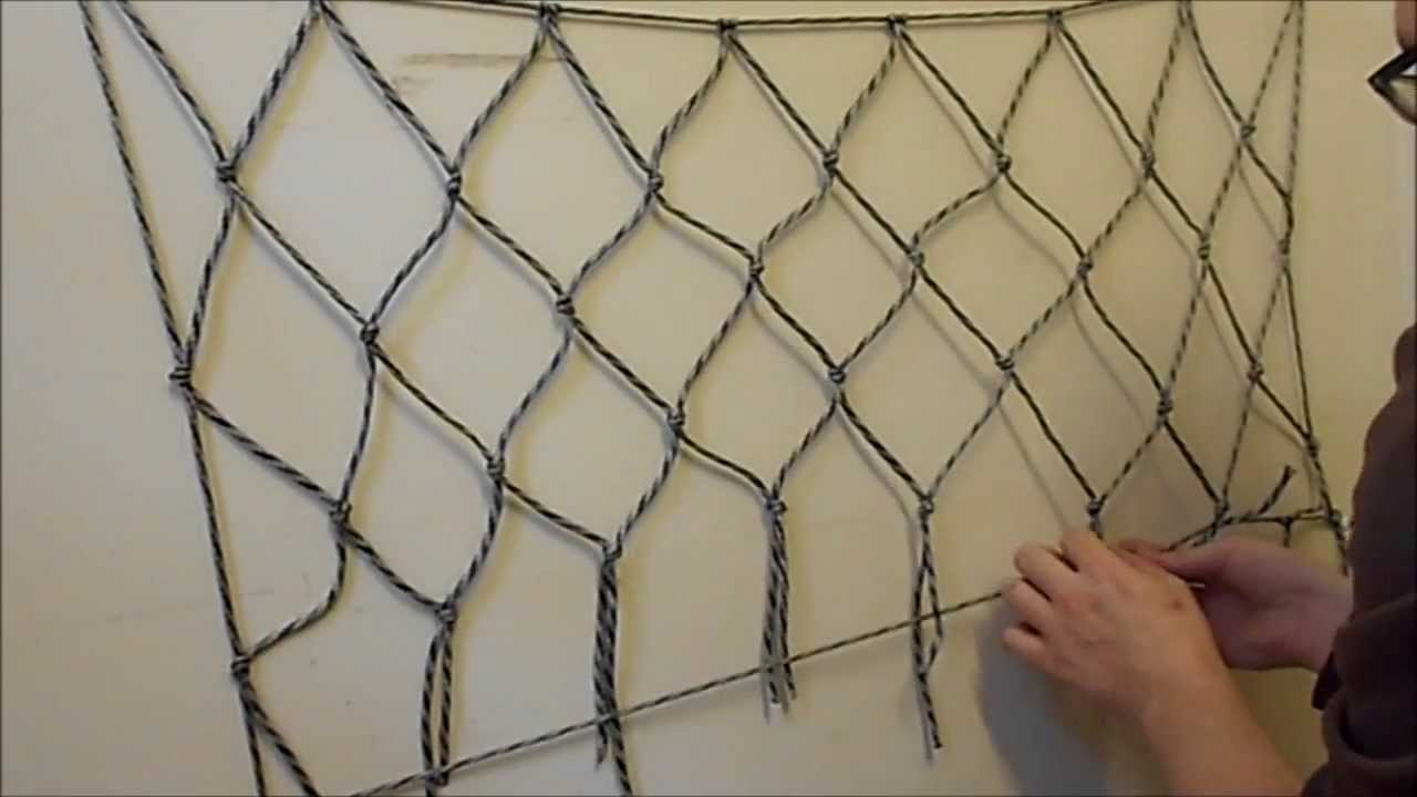 how to make a net using paracord or any other cordage easy youtube