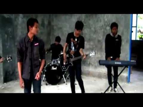 Ornito : Segala Bayangmu Video Clip