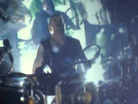 Nickelback Shakin Hands Dark Horse Tour 2010  Cleveland, OH