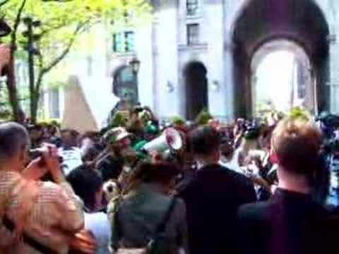 SEAN BELL KILLING PROTEST