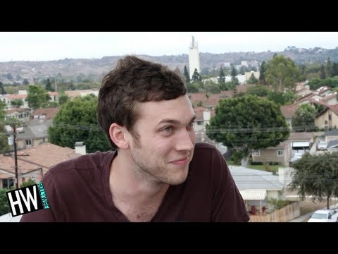 Phillip Phillips Reveals Celebrity Crush In Silly Game!