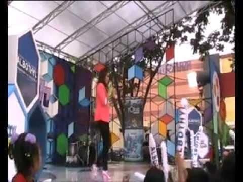 Melinda - Aw..aw Live @100% Ampuh GlobalTV (Blu Plaza Bekasi Timur)