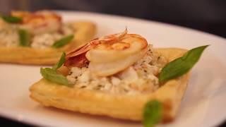 Тарталетки из слоеного теста с креветкам и  рикоттой