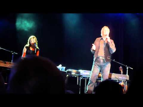 Bill Medley (with Daughter McKenna ) - You've Lost That Lovin' Feelin' (Live Concert)