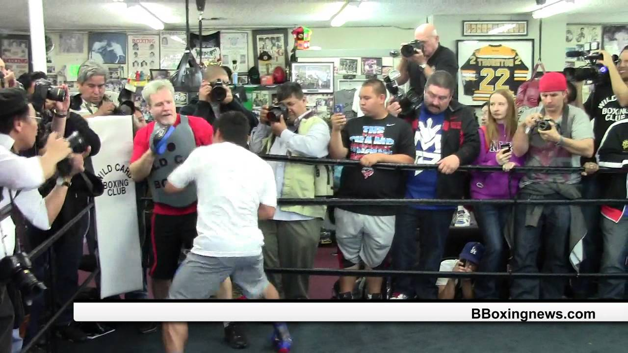 Beyond Boxing News Manny Pacquiao Haveing Fun With ...