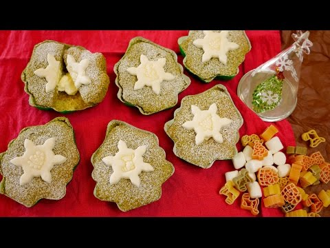 Easy Christmas cakes! Matcha cupcakes decorated with fondant made with marshmallow マシュマロ簡単デコ抹茶カップケーキ - YouTube