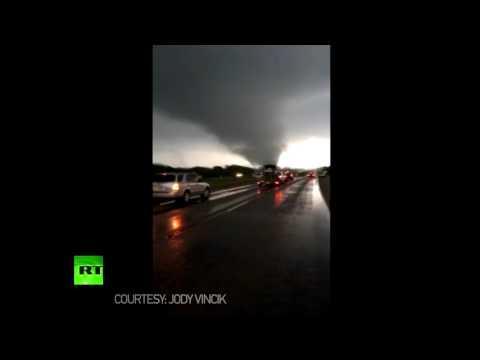 Traffic Stop: Tornado rips through city near Dallas, Texas