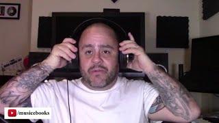 Download lagu My preferred studio headphones!