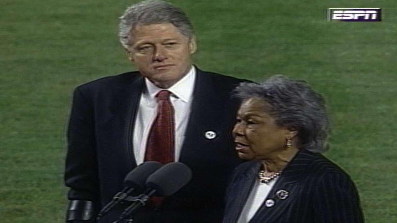 MLB players honor Jackie Robinson on anniversary of historic debut ...
