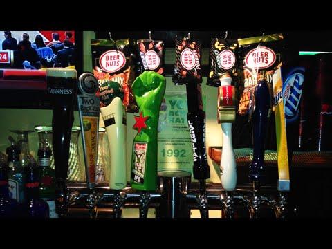 Walsh's Bar & Grill [Showcase]