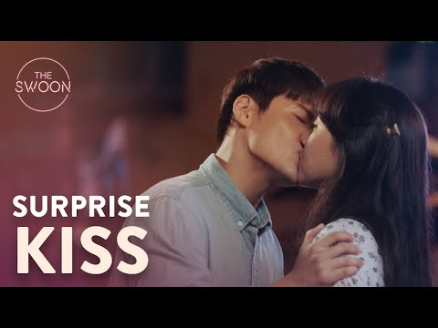 Download Kong Hyo-jin kisses Kang Ha-neul first | When the Camellia Blooms Ep 9 ENG SUB Mp4 baru