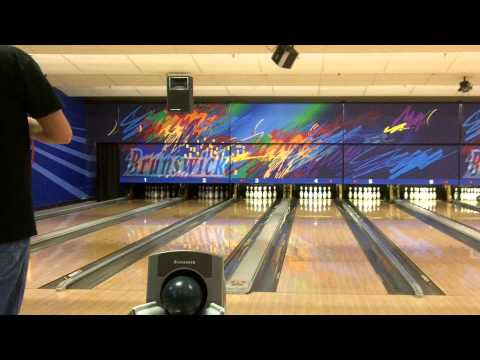 First Time Bowling in 2013! (Brunswick Zone - 1/10/13)