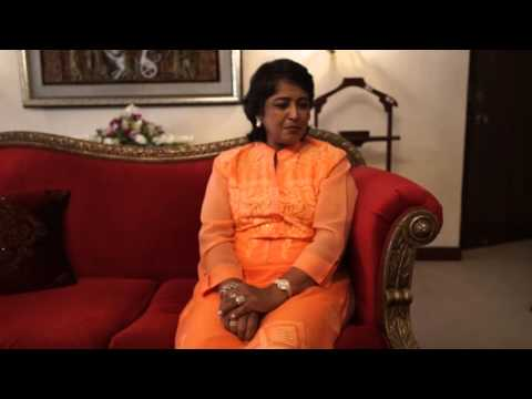 Mauritius President sings