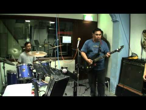 Hazzard - Belenggu Irama (Cover Wings)