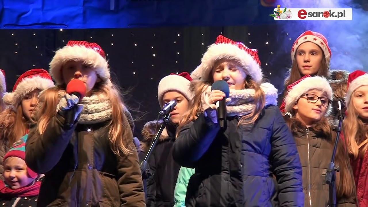 SANOK: Spotkanie Wigilijne na Rynku w przepięknej zimowej aurze