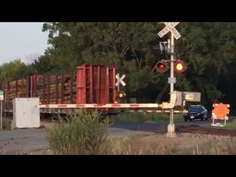 Live-action Norfolk Southern train live real time