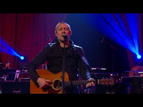 David Gray And The RTÉ Concert Orchestra Perform 'Babylon'