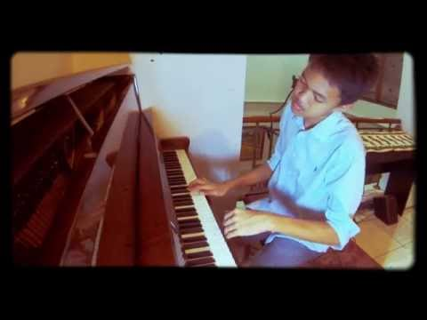 Melly Goeslaw : PROMISE - piano by Michael