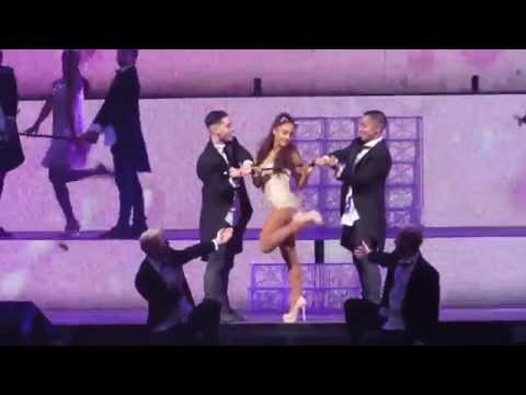 Ariana Grande Pink Champagne The Honeymoon Tour Philly 31215