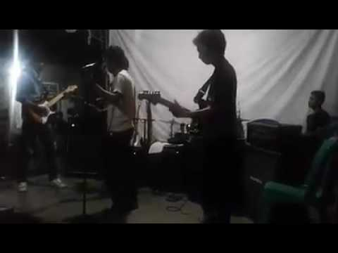 Zigaz-cinta gila cover by Filow Band