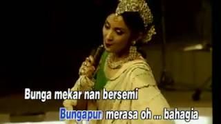 Download Bunga & Kumbang (ITJE TRISNAWATI) Karya Hendro Saky & Itje Trisnawati Show