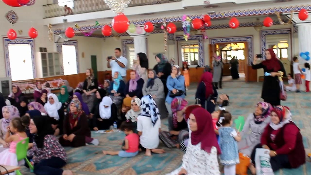 Huzurevi Sakinleri Kur'an Kursu Öğrencilerinin Programını Seyretti