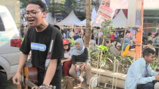 Sidewalk-weaboo Acoustic Session. Ennichisai 2014. Sorry for the ba...