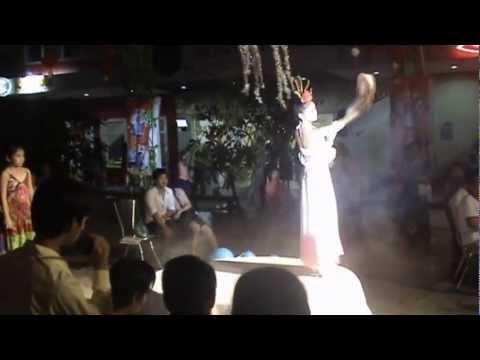 Múa Chị Hằng (P.1)lung linh trăng rằm 2012 tại kizciti - Thanh Vy
