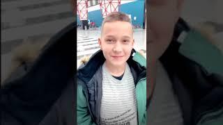 Курбан Омаров. С сыном встретили дедушку ))