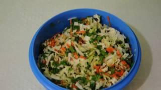Вкусный салат из свежей капусты, яблок и орехов - как приготовить