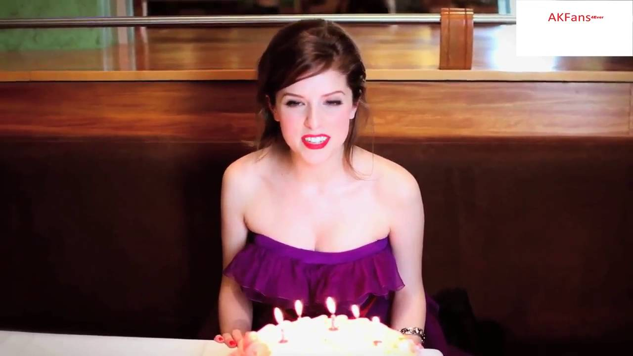 Anna Kendrick Wishes Glamour Magazine A Happy Birthday