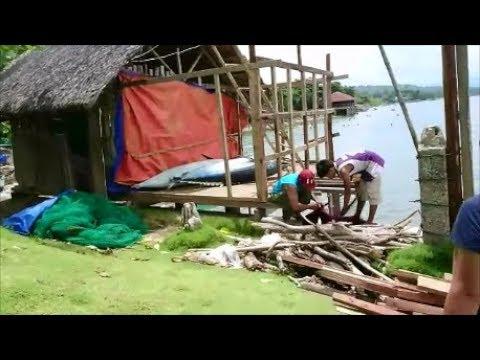 Fishermen At Work: Eatery Dalipuga  Mindanao  Philippines  Expat