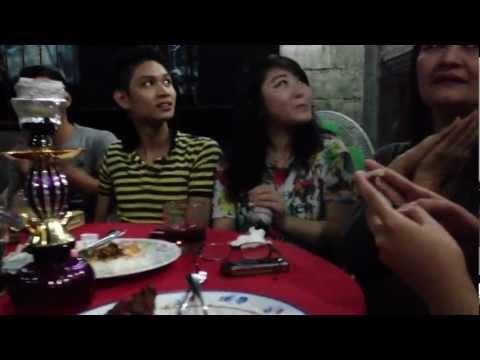 Philippines Vlog #44 | Hookah, Karaoke & Beer w/ Friends