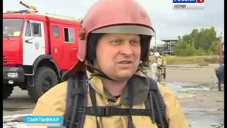 видео Учения пожарных на Архангельском фанерном заводе