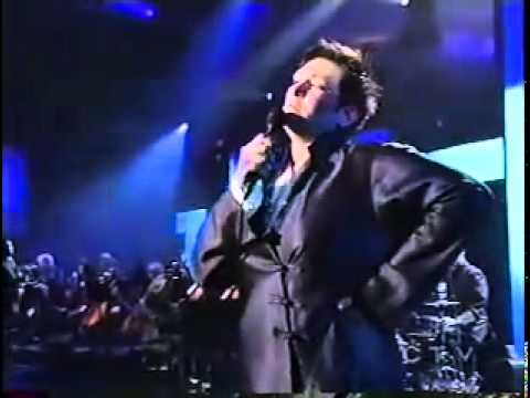 k.d. lang singing Hallelujah at the Juno awards
