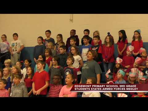 Edgemont Primary Students Honor Veterans (2-2)