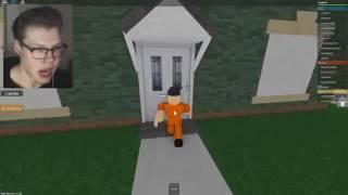 TUTORIAL Best Way To ESCAPE IN ROBLOX REDWOOD PRISON Flv