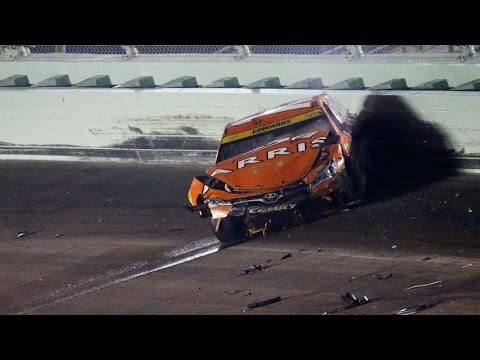 2016 Ford 400 - Edwards HUGE Restart Wreck