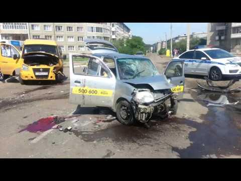 Водитель такси Максим погиб в ДТП