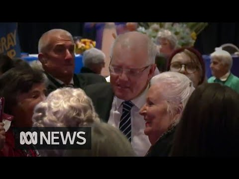 Scott Morrison egged while campaigning in Albury | ABC News
