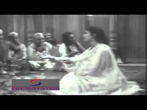 Aye Dilwalo Pyar Na Karna - Asha Bhosle - ZINDAGI YA TOOFAN - Pradeep Kumar, Nutan