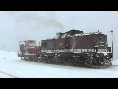 Zaugg-Schneefräse der Harzer Schmalspurbahnen am Brocken im Einsatz