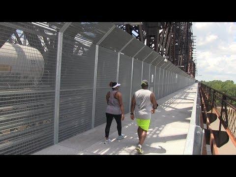 Perils For Pedestrians 251: Memphis